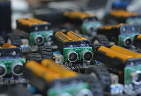 Why Are High-Capacity Energy Storage Robots Gaining Popularity?
